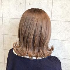 ブリーチなし ガーリー 透明感カラー ミディアム ヘアスタイルや髪型の写真・画像