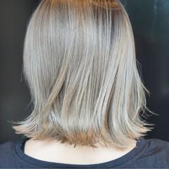 ウェットヘア グラデーションカラー モード ブリーチ ヘアスタイルや髪型の写真・画像