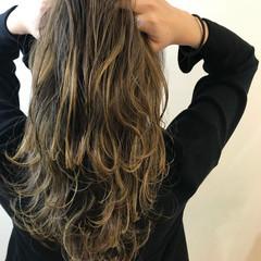 ナチュラル 透明感カラー 大人かわいい ブリーチオンカラー ヘアスタイルや髪型の写真・画像
