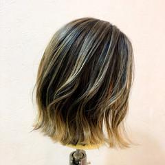 グラデーションカラー エレガント 大人ハイライト バレイヤージュ ヘアスタイルや髪型の写真・画像