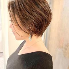 ショート オフィス ショートヘア 大人かわいい ヘアスタイルや髪型の写真・画像