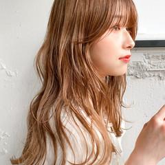 流し前髪 ミディアム ナチュラル ベージュ ヘアスタイルや髪型の写真・画像