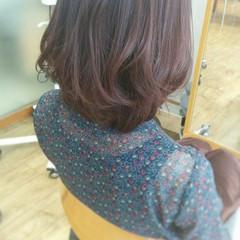 ピンク ストレート レッド 暗髪 ヘアスタイルや髪型の写真・画像