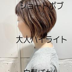 ナチュラル 大人女子 ショート ショートヘア ヘアスタイルや髪型の写真・画像