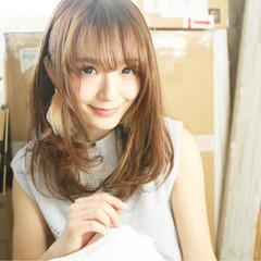 フェミニン セミロング 外国人風 大人かわいい ヘアスタイルや髪型の写真・画像