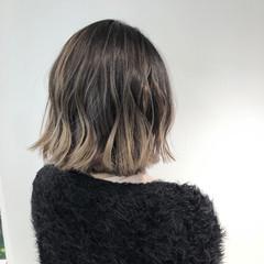 フェミニン ボブ 切りっぱなしボブ ヘアスタイルや髪型の写真・画像