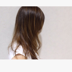 グラデーションカラー ミディアム アッシュ 外国人風 ヘアスタイルや髪型の写真・画像