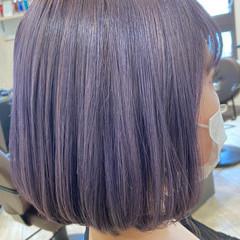ラベンダーカラー フェミニン ハイトーンカラー ラベンダーグレー ヘアスタイルや髪型の写真・画像