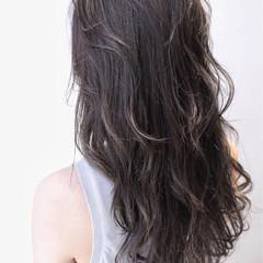 黒髪 外国人風 ナチュラル ハイライト ヘアスタイルや髪型の写真・画像