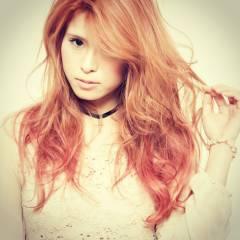 ロング グラデーションカラー ピンク ヘアスタイルや髪型の写真・画像