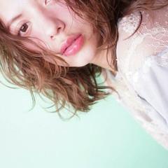 ウェーブ ゆるふわ 大人女子 ミディアム ヘアスタイルや髪型の写真・画像