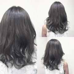 暗髪 渋谷系 ハイライト ミディアム ヘアスタイルや髪型の写真・画像