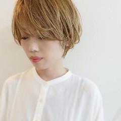ショートヘア ガーリー ダブルカラー ショートボブ ヘアスタイルや髪型の写真・画像