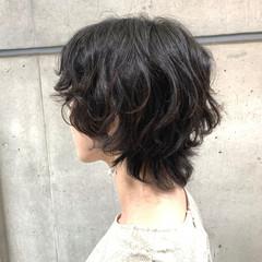ショート ウルフパーマ ショートヘア ボブウルフ ヘアスタイルや髪型の写真・画像