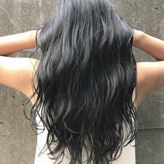 グレージュ 透明感 アッシュ ハイライト ヘアスタイルや髪型の写真・画像