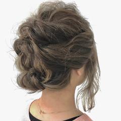 波ウェーブ ミディアム くるりんぱ 簡単ヘアアレンジ ヘアスタイルや髪型の写真・画像