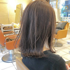 透明感 透明感カラー アッシュグレージュ ラベンダーアッシュ ヘアスタイルや髪型の写真・画像