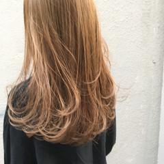 ブリーチ ハイライト ナチュラル ベージュ ヘアスタイルや髪型の写真・画像