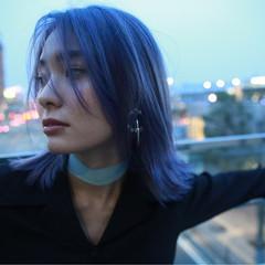 ミディアム イルミナカラー モード アッシュ ヘアスタイルや髪型の写真・画像