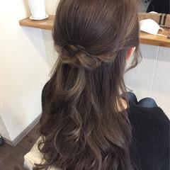 フェミニン ハイライト ロング コンサバ ヘアスタイルや髪型の写真・画像