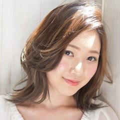 ミディアム かわいい コンサバ 透明感 ヘアスタイルや髪型の写真・画像