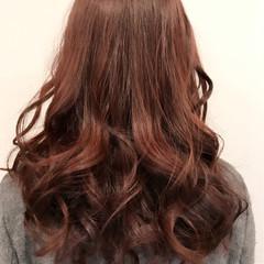 グラデーションカラー セミロング ガーリー パールピンク ヘアスタイルや髪型の写真・画像