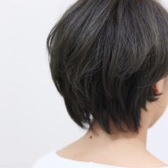 暗髪 アッシュグレージュ ショート グレージュ ヘアスタイルや髪型の写真・画像