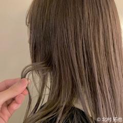 ミルクティーベージュ シアーベージュ ハイトーンカラー 透明感カラー ヘアスタイルや髪型の写真・画像