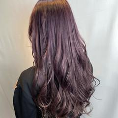 アッシュグレー ラベンダーグレージュ ヴァイオレット フェミニン ヘアスタイルや髪型の写真・画像