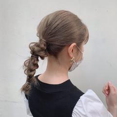 ベージュ ヘアアレンジ モード ミディアム ヘアスタイルや髪型の写真・画像