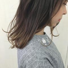 外国人風カラー ベージュ ヌーディベージュ グラデーションカラー ヘアスタイルや髪型の写真・画像