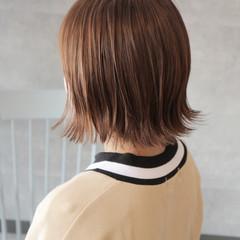 外ハネ ガーリー 切りっぱなし ボブ ヘアスタイルや髪型の写真・画像