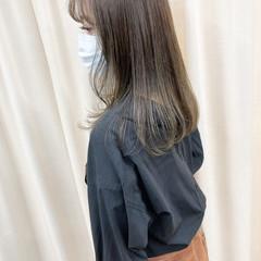 ゆる巻き 外国人風カラー セミロング 透明感カラー ヘアスタイルや髪型の写真・画像