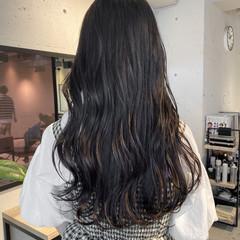 ブルージュ 透明感カラー ロング ナチュラル ヘアスタイルや髪型の写真・画像