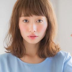 小顔 ゆるふわ 透明感 ミディアム ヘアスタイルや髪型の写真・画像