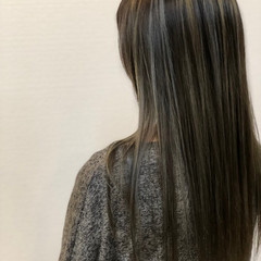 大人ハイライト ロング エレガント 透明感カラー ヘアスタイルや髪型の写真・画像