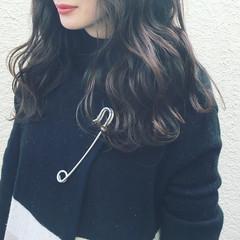 デジタルパーマ ガーリー アッシュ 暗髪 ヘアスタイルや髪型の写真・画像