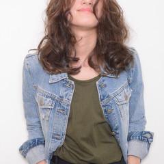 大人かわいい アンニュイ ストリート ミディアム ヘアスタイルや髪型の写真・画像