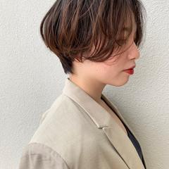 ナチュラル ショートヘア ショート オフィス ヘアスタイルや髪型の写真・画像