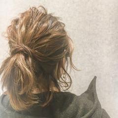 ミディアム 簡単ヘアアレンジ 抜け感 ナチュラル ヘアスタイルや髪型の写真・画像