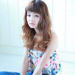 ロング 外国人風 ピュア グラデーションカラー ヘアスタイルや髪型の写真・画像
