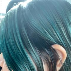 モード エメラルドグリーンカラー ブリーチ 外国人風カラー ヘアスタイルや髪型の写真・画像