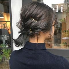 簡単ヘアアレンジ ブルージュ 透明感 ミディアム ヘアスタイルや髪型の写真・画像