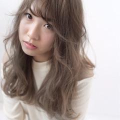 ロング 外国人風 アッシュ ナチュラル ヘアスタイルや髪型の写真・画像