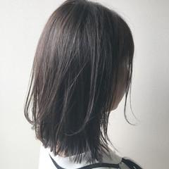 ボブ 大人ミディアム ミディアムレイヤー 切りっぱなしボブ ヘアスタイルや髪型の写真・画像