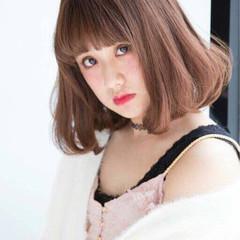 ハイライト 外国人風 重めバング ガーリー ヘアスタイルや髪型の写真・画像