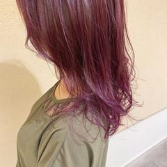 ピンクラベンダー セミロング 韓国ヘア ピンクベージュ ヘアスタイルや髪型の写真・画像