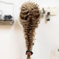 アップスタイル ヘアアレンジ 編み込み ロング ヘアスタイルや髪型の写真・画像