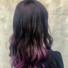 グラデーションカラー シルバーグレージュ セミロング ベリーピンク ヘアスタイルや髪型の写真・画像
