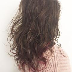 グレージュ 外国人風カラー セミロング フェミニン ヘアスタイルや髪型の写真・画像